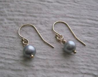 Grey Pearl & Gold Earrings