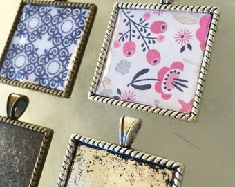 50 Fancy 25mm Square Pendants Bezels Trays Setting Jewelry Supplies Photo Frame Antique Silver Bronze