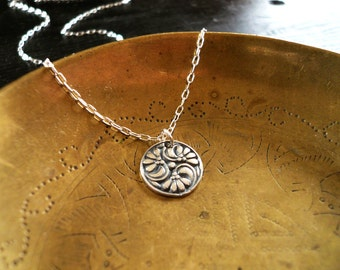 Flower Necklace. Dainty Vintage Style Necklace. Solid Sterling Silver Necklace. Feminine Necklace. Floral Necklace. Flower Pendant Necklace.