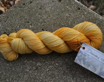LIMITED EDITION BASE - Sportweight 8 ply - Lemon Zinger Colorway
