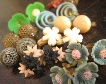 7 pair Vintage Plastic clip earrings plus extra (childrens  style of earrings)