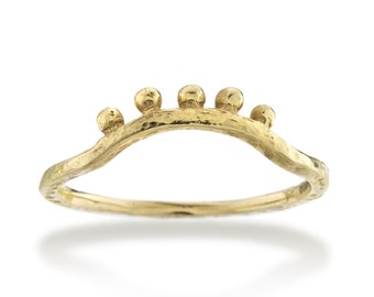 Hammered Gold Curved Ring with Bobs in Fairtrade Gold : Ancient Awe