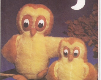 Vintage Pattern Style 3469 Stuffed Toy Mother Owl and Owlet 80s UNCUT