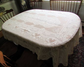 Vtg 60s lace wedding tablecloth 62X104