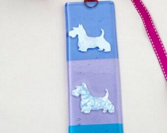 Glass scottie dog hangings, long tartan Scottish keepsake, canine lovers suncatcher, fused glass scottie gift, dog suncatcher, canine gift,
