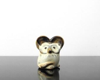 Little Mouse figurine / Ceramic / Vintage