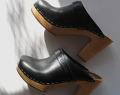 SWEDISH HASBEENS black leather clogs 36