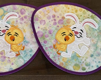 Quilted EGG SHAPE Placemats . . . Bunnies and Chicks . . . Batik Eggs . . . Easter Decor