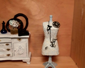 Dollhouse miniature mannequin