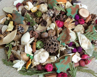 Country Christmas Potpourri, Pine Tree, Special Blend, Scented, Rustic, Saltdough, Grubbied, Winter Decor, Seasonal, Refresher Oil Included