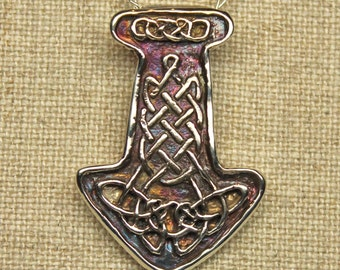 Sterling silver knotwork Thors hammer
