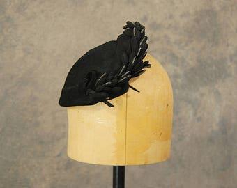 vintage 50s Topper Hat - 1950s Beaded Black Wool Skull Cap Bandeau