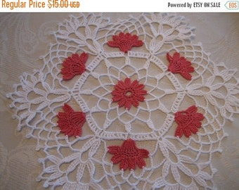 holiday sale Hand crochet, New, Floral  Vanity Doily white/coral , New, Turkishteam