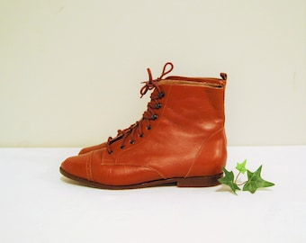Vintage Granny Boot Golden Brown / Rust Lace Ups