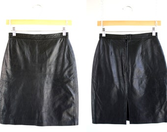 Vintage Black Leather High Waist Fitted Retro 90's Woman's Mini Skirt