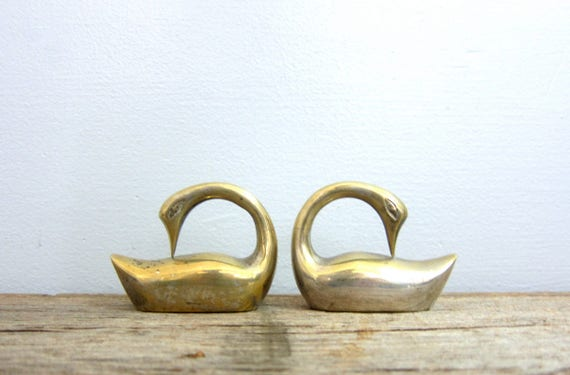 Small Brass Swans 2 bird figurines Tiny Heavy Brass Set modern Home decor mid century brass birds bookends Retro Ranch GS
