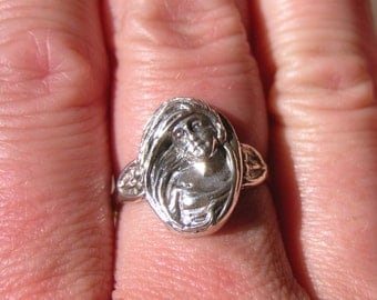 Sterling Silver Nouveau Face Ring Size 8