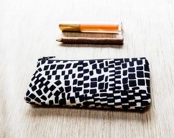 Marimekko Pouch, Zipper Pouch, Pouch, Coin Purse, Gift for Mom, Gift for Teacher, Gift for Grad, Small Pouch, Marimekko Gift Pouch,