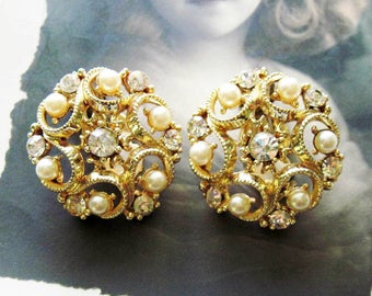 Vintage STAR Rhinestone and Faux Pearl Earrings