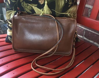 FREE SHIPPING Vintage Coach Brown Leather Convertible Clutch Shoulder Bag Purse Made in New York City