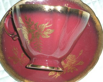 Vintage Paragon By Appointment for  Her Majesty the Queen Tea Cup and Saucers Pink White Gold Floral
