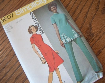 1971 Tunic and Pants or Dress, Simplicity Pattern 9607 - Uncut