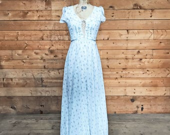 SAVANNAH 1970s Floral Corset Gunne Sax Maxi Dress / Fluttery Sleeves / Size Small