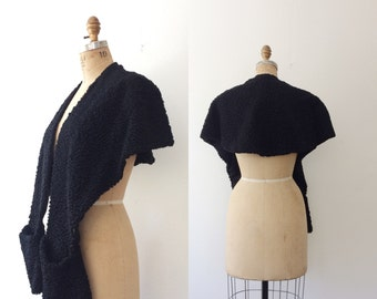 vintage fur / vintage stole / Lambs Wool Shawl