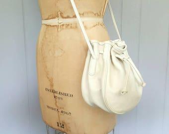 Coach Bucket Pouch Bag / RARE cream Purse