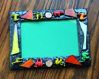 Safari Picture Frame (holds a 4 x 6 photograph)