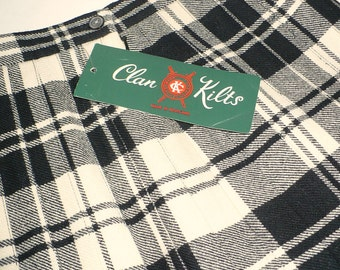Vintage wool skirt, Black and White Plaid, Clan Kilts, Pleated, Original Tag, 100% wool, SALE
