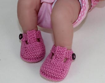 50% OFF SALE Preemie Tiny and Newborn Baby T Bar Sandals knitting pattern by madmonkeyknits Instant Digital File pdf download
