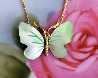 Vintage Mint green Mother of pearl shell Butterfly Pendant Necklace