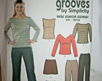 Simplicity 9888 Size 3/4-9/10 Easy to Sew Jr. Trend Mini Skirt, Pants and Tops  Uncut  New