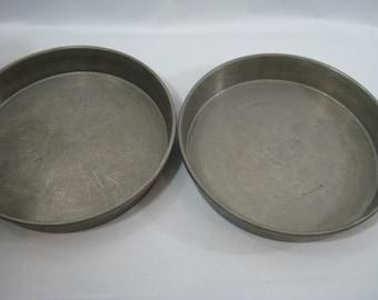 2 Vintage Mirro Aluminum Round Layer Cake Pans 1169M 9 x 1 1/2
