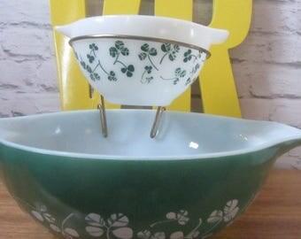 Vintage Pyrex Jaj shamrock cloverleaf green white chip n dip salad server set GC