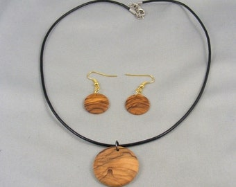 Hand Turned Olivewood Earrings & Matching Necklace