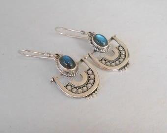 Sterling silver Labradorite gemstones dangle earrings / silver 925  / 1.50 inch long