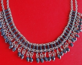 """Vintage 15"""" silver tone fringe necklace with shiny peacock gray beads  in great condition, appears unworn"""