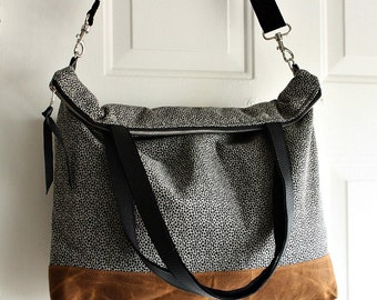 Canvas tote bag/messenger bag/ purse/ handbag/ shoulder bag waxed canvas trim/ leather trim