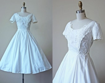 50s Dress - Vintage 1950s Dress - White Lace Cotton Princess Seam Tea Length Circle Skirt Party Dress S - Frost Vixen Dress