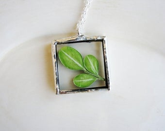 Soldered Glass Necklace, Green Necklace, Framed Glass Pendant Necklace, Pressed Flower Necklace, Soldered Jewelry, Nature Necklace