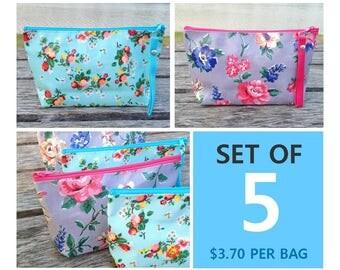 3.70 per bag | Set of 5 Floweres on Oilcloth Zipper Pouches | Cosmetic bag | Gift bag | Reusable bag | Waterproof bag | Toiletry bag |