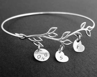 Wife Christmas Gift, Wife Christmas Present, Family Tree Bracelet with Initials, 3 to 9 Charms, Family Jewelry, Frosted Willow