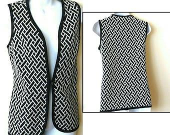 Vest - Geometric - Black - White - 1970s - 70s - Hip Length - Hip - Mod - Polyester - Retro - Sz Medium - Rare - Sleeveless - Mad Men Style