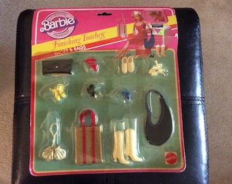 Vintage Barbie Finishing Touches 1982/ complete packaged set/ purses/ shoes/boots