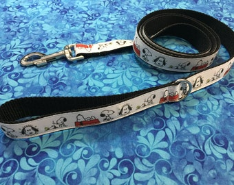 5 Foot Snoopy White and Black Pet Leash