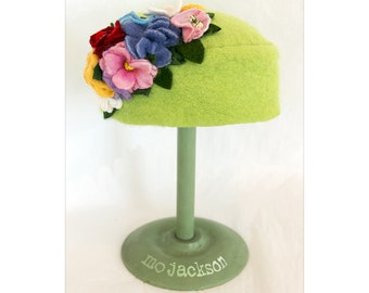 wool felt hat /mo chapeau with bountiful bouquet / pill box