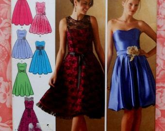 Plus Size Dress Sewing Pattern UNCUT Simplicity 4070 Sizes 6-14