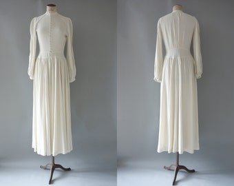 Winter wedding dress | White drapped viscose long dress | 1930's by Cubevintage | small